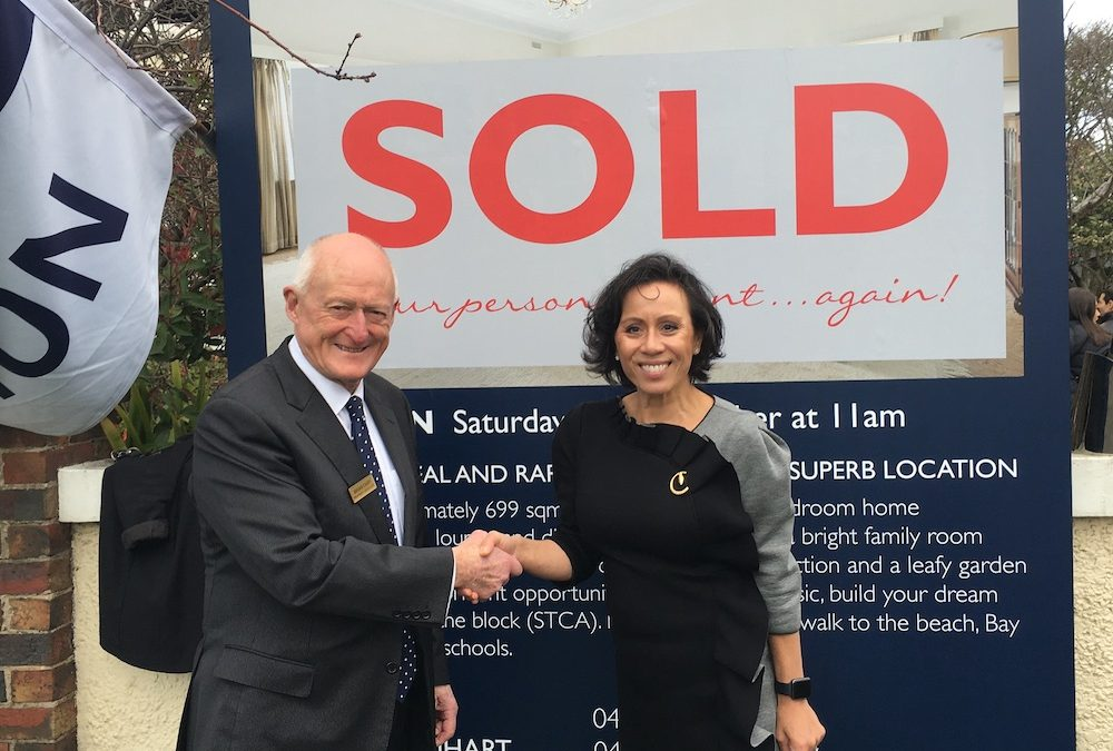 8 Holmwood Ave Brighton achieved a huge result.